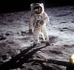 Moon_landing_630px